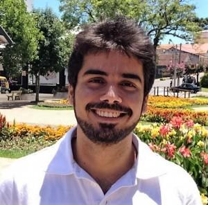 rian_rezende_headshot