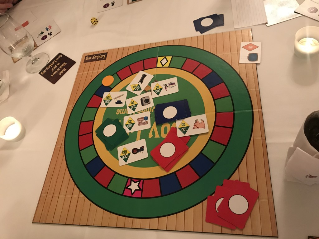 Set up for a game of Loy Loy. Image used with permission by the author.
